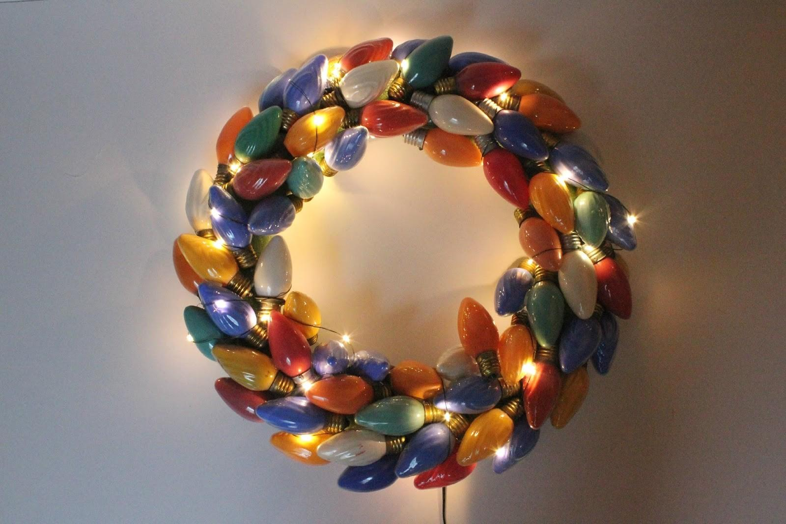 Eat Sleep Make Vintage Christmas Lights Wreath Diy