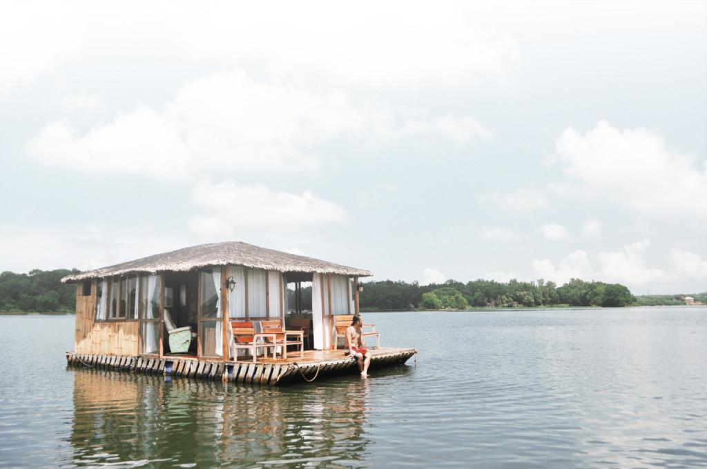 Eco Saddle Floating Cottage Lake Caliraya Aquascape