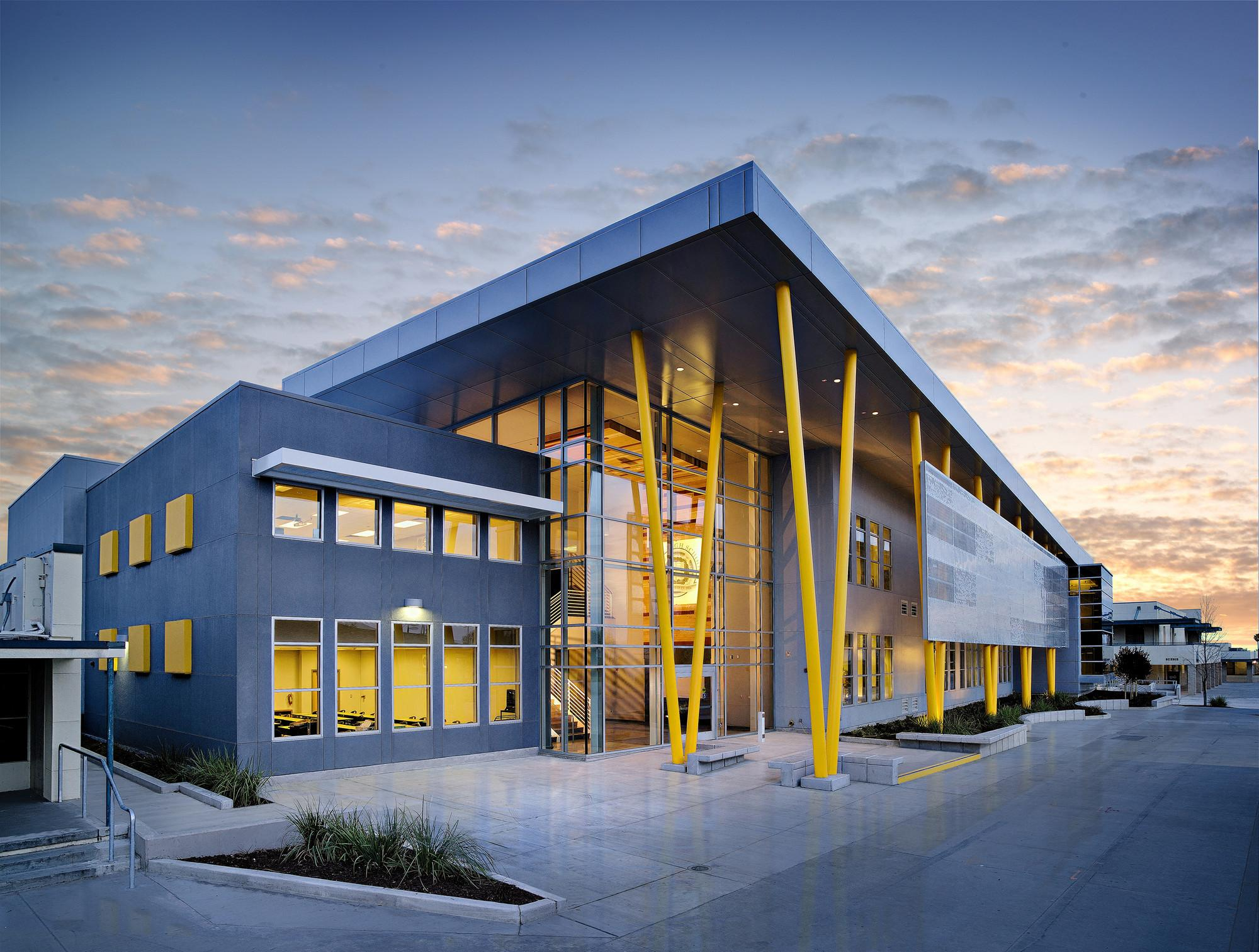 Edison High School Academic Building Darden Architects