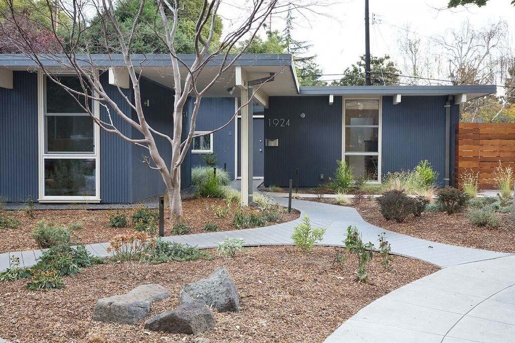Eichler Home Remodel California Features Radiant Spaces