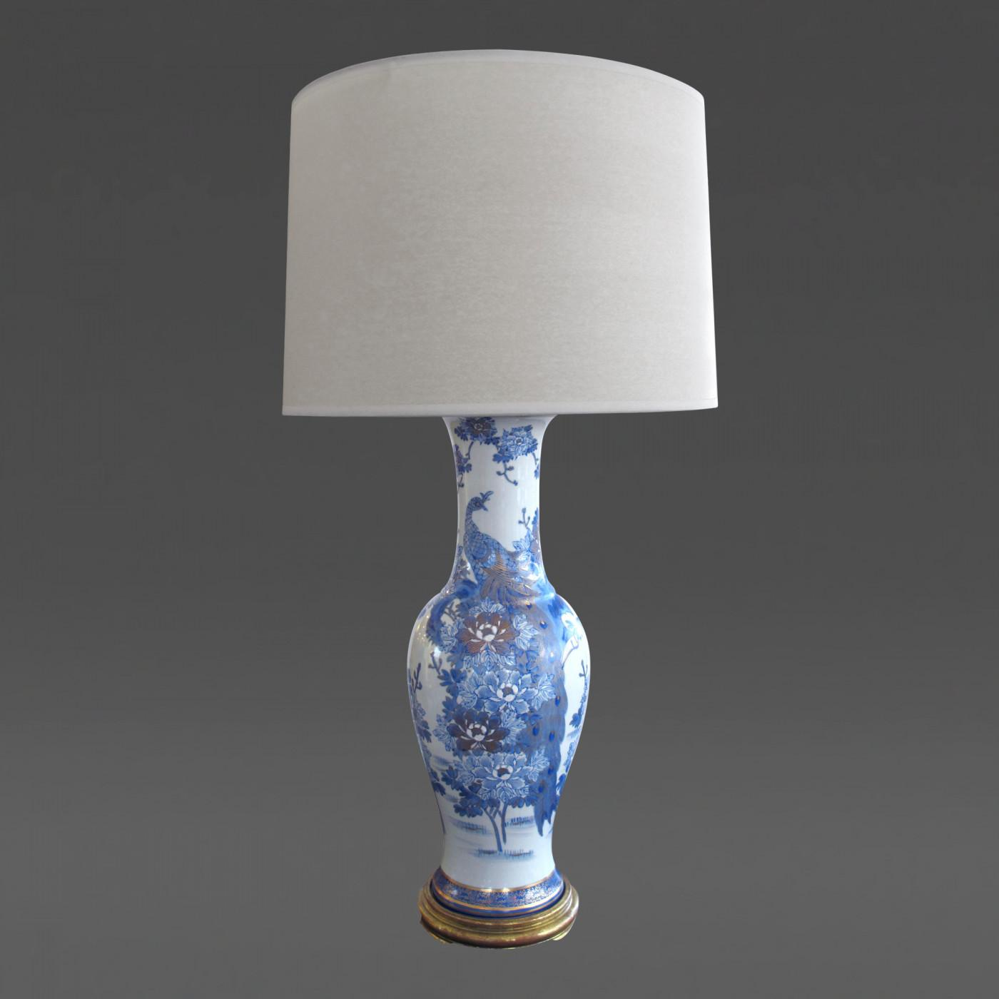 Elegant Chinese Blue White Painted Gilt