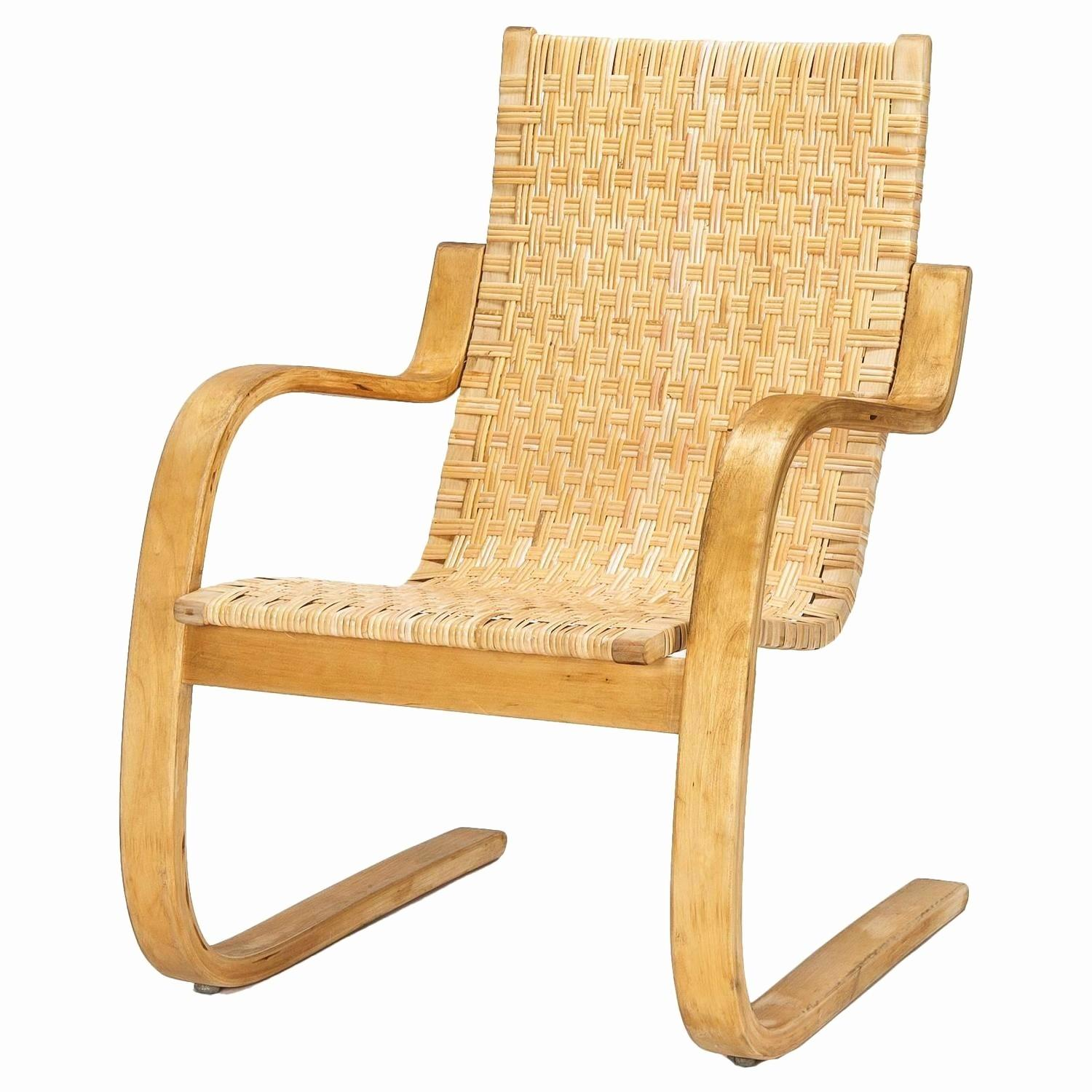 Elegant Plywood Armchair 2018
