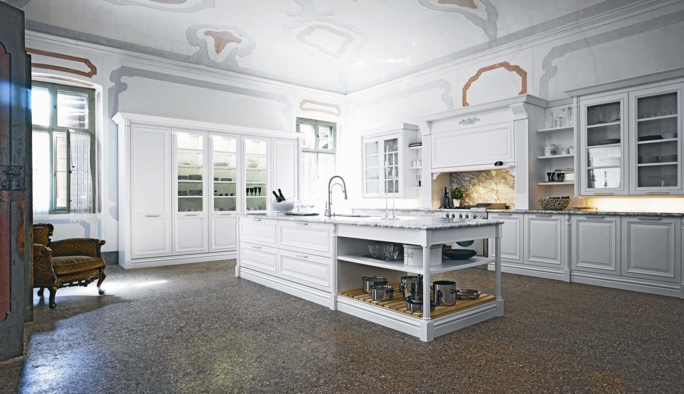 Elite Traditional Kitchen Interior White Doors