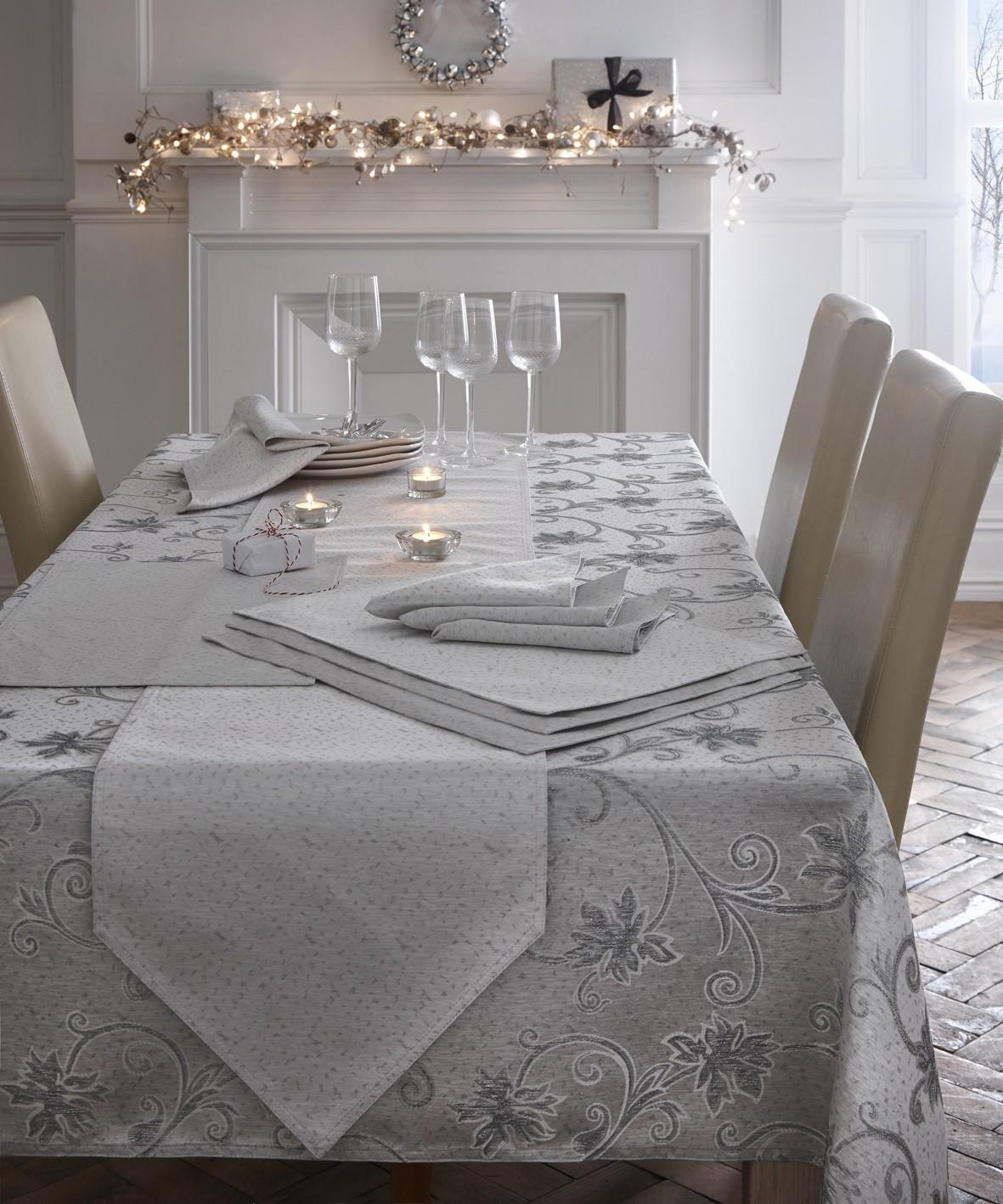 Embroidered Glitter Christmas Dining Table Cloth Runner