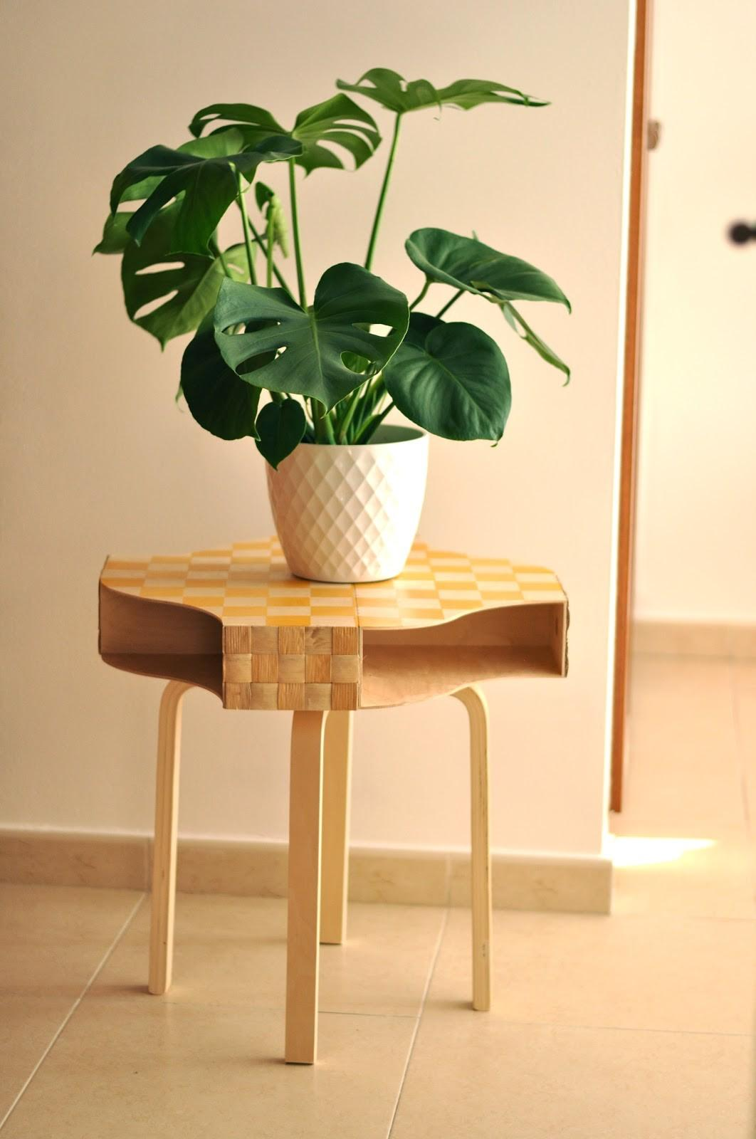 Emerja Diy Hack Table