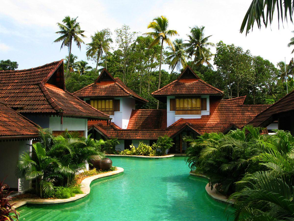 Enchanting Water World Kumarakom Lake Resort
