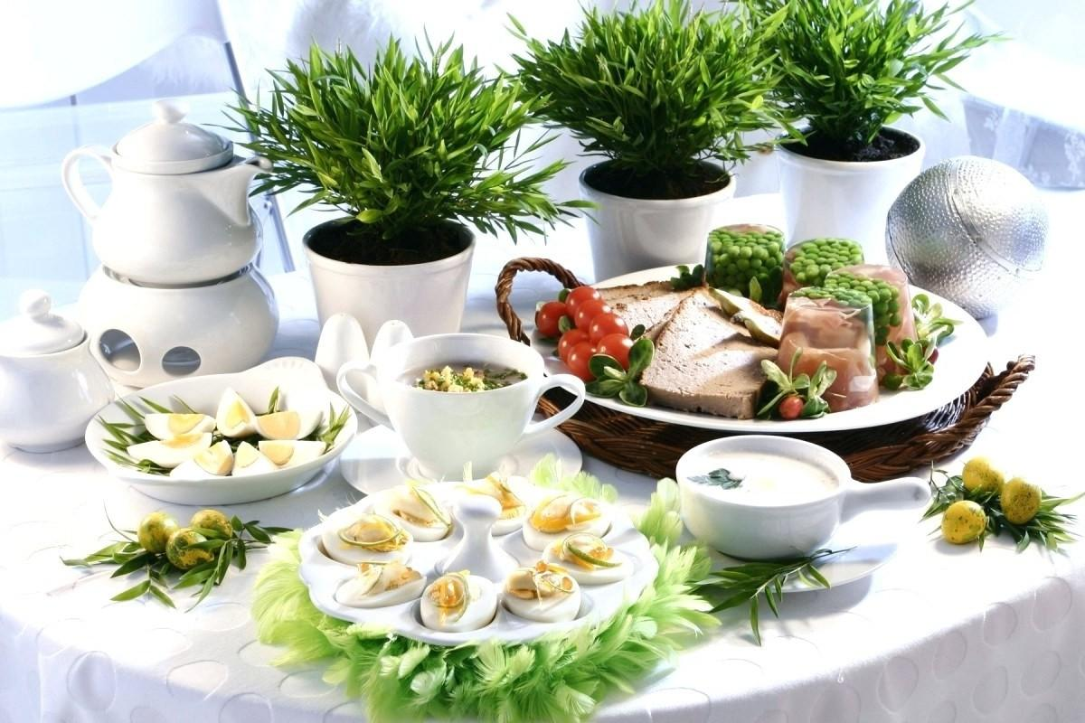 Enthralling Easter Table Decorations