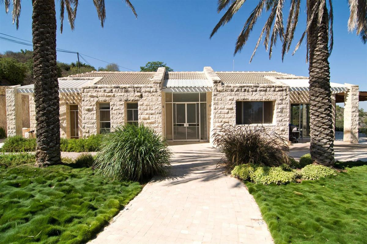 Entrance Contemporary Stone House Jerusalem Israel