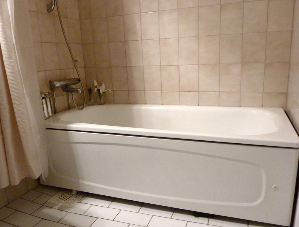 Exellent White Old Bath Tub Design Ideas Close Tile