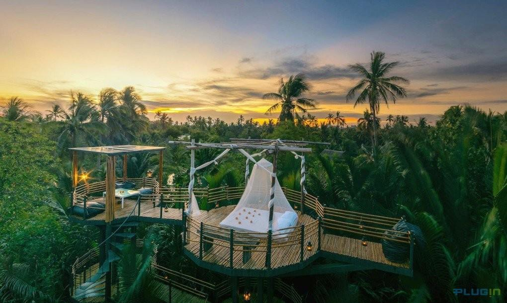 Exotic Solar Wind Powered Boutique Hotel Living