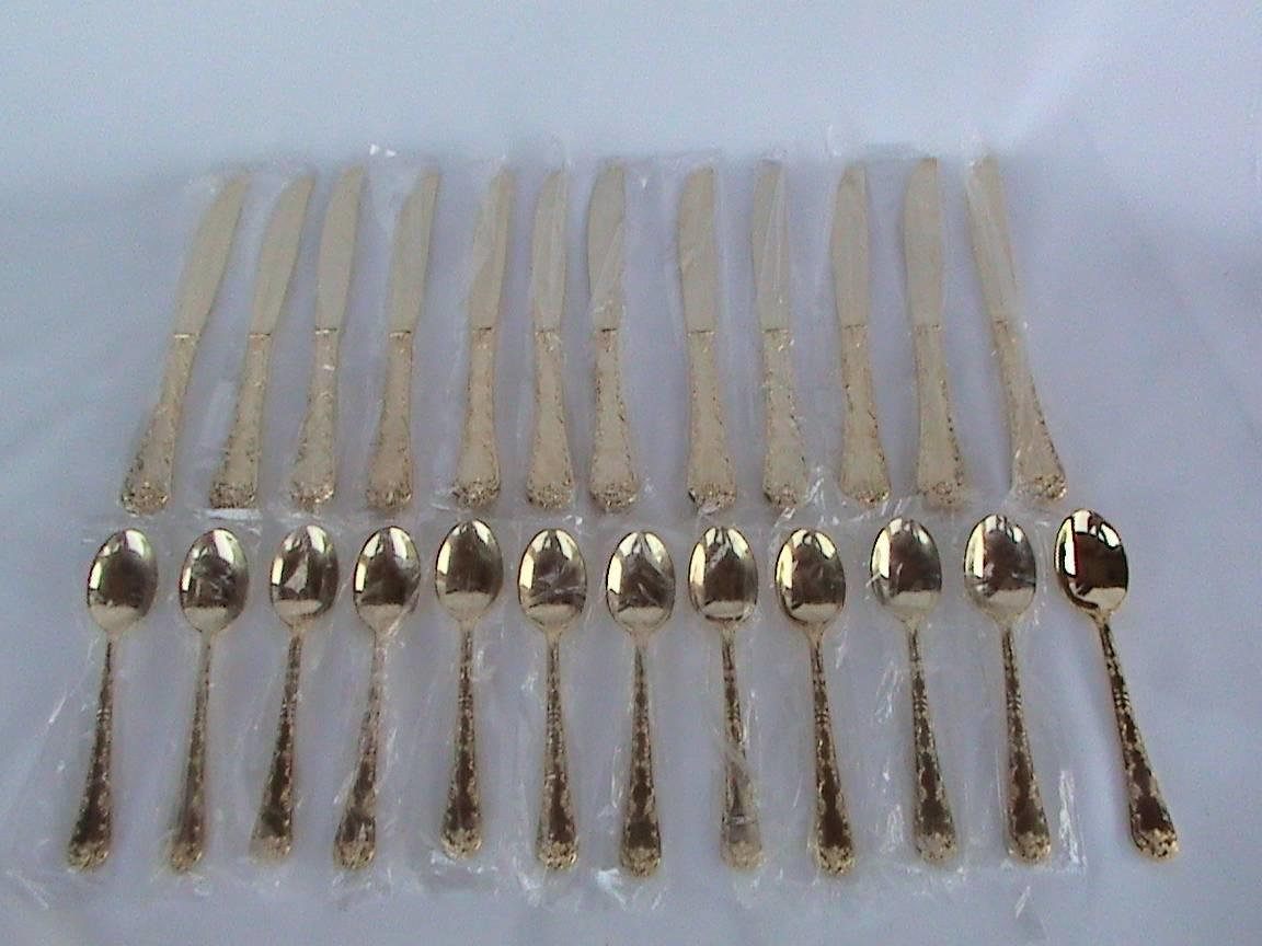 Exquisite Rogers Son Silverware Flatware Gold