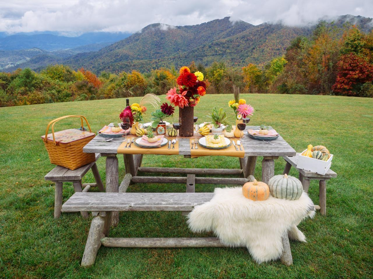 Fall Entertaining Idea Farm Table Dinner Party