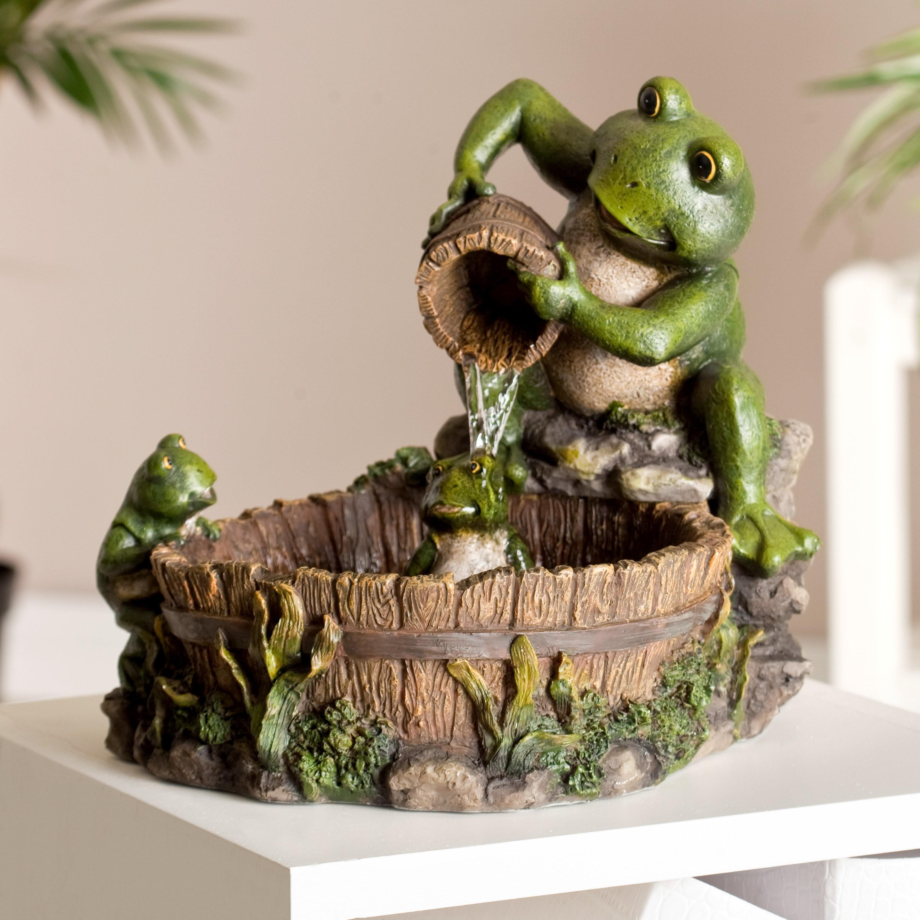 Family Frog Indoor Outdoor Tabletop Fountain Fountains