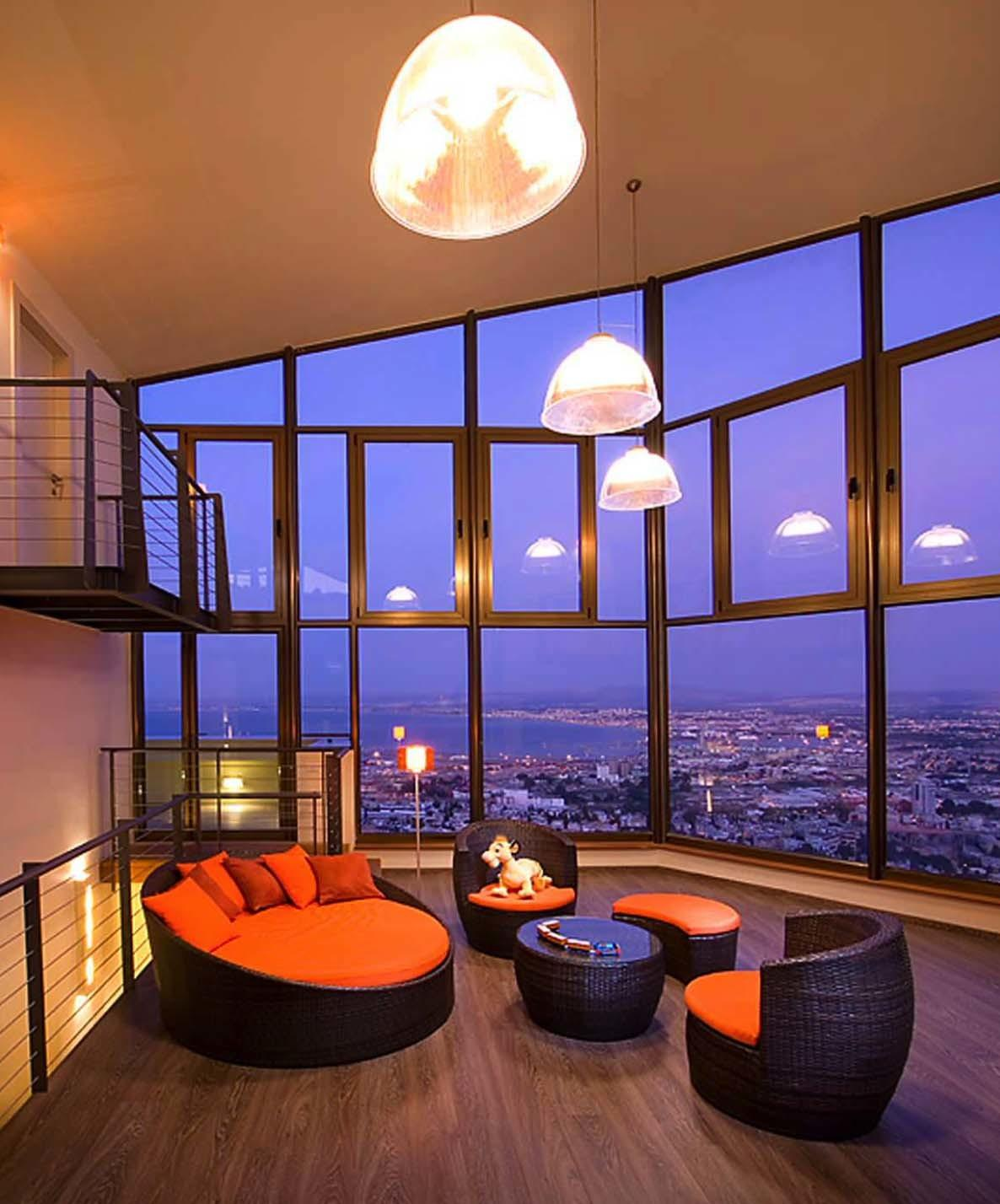 Fantastic Spaces Showcasing Astonishing City Skyline Views