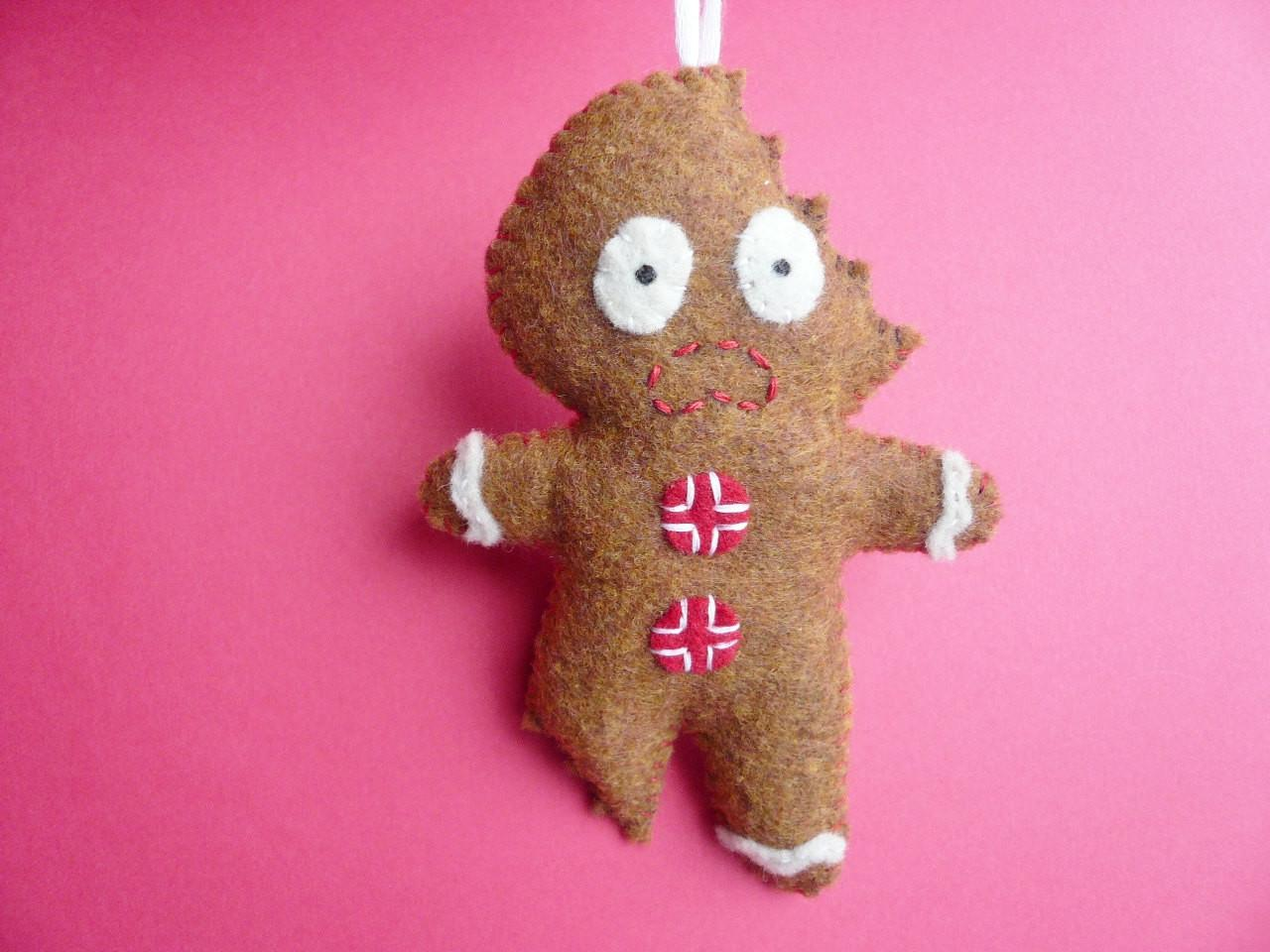 Felt Christmas Ornament Terrifed Gingerbread Man Luulla