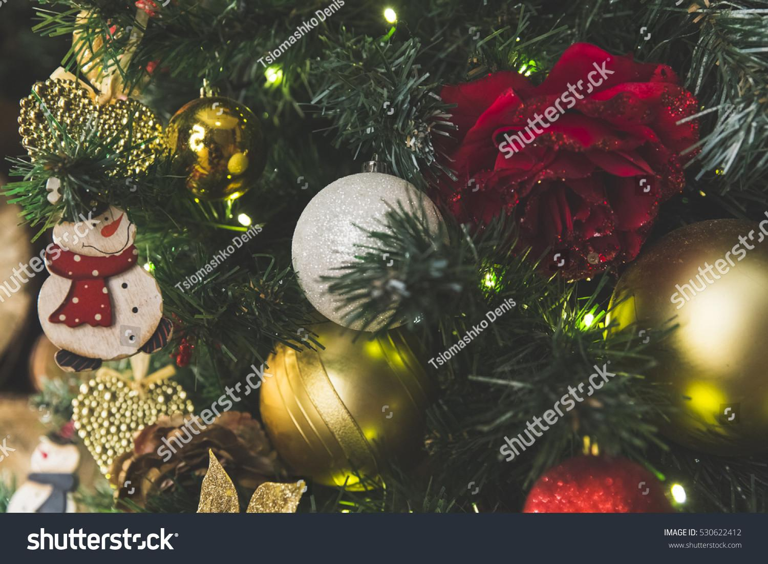 Festive Christmas Tree Decoration