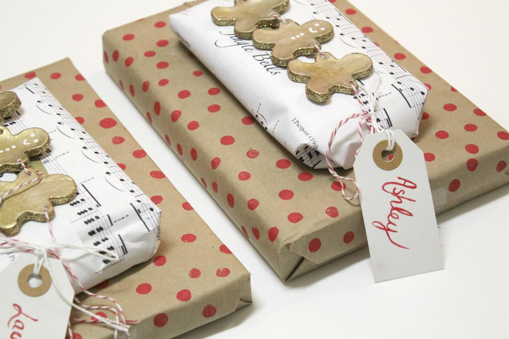 Festive Ways Wrap Your Christmas Gifts