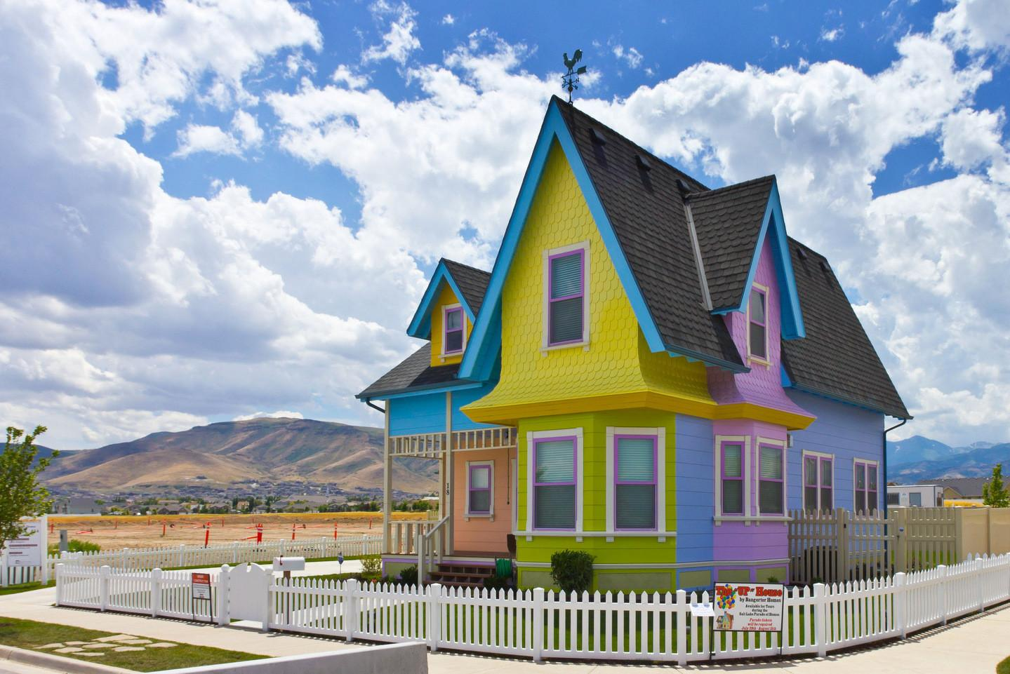 Fictional Homes Exist Real Life Primary