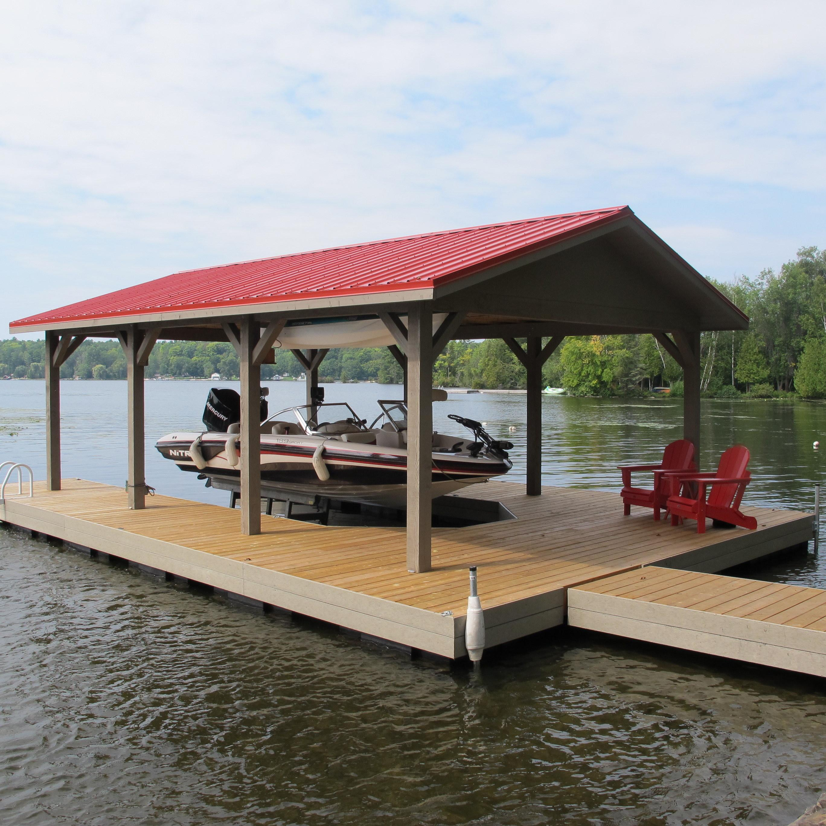 Floathouse Floating Boathouse