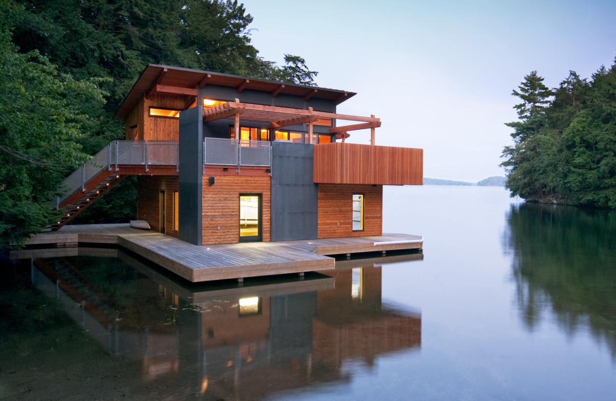Floating Homes Make Want Live Water