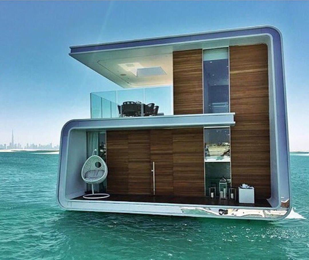 Floating House Dubai Nacho