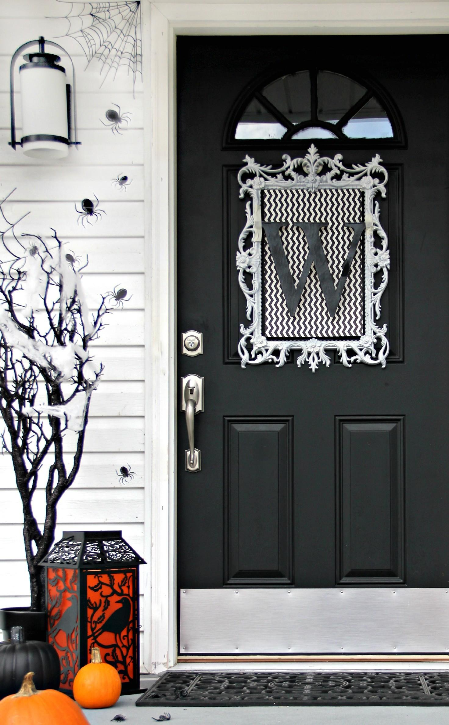 Four Ideas Inexpensive Halloween Door Decorations