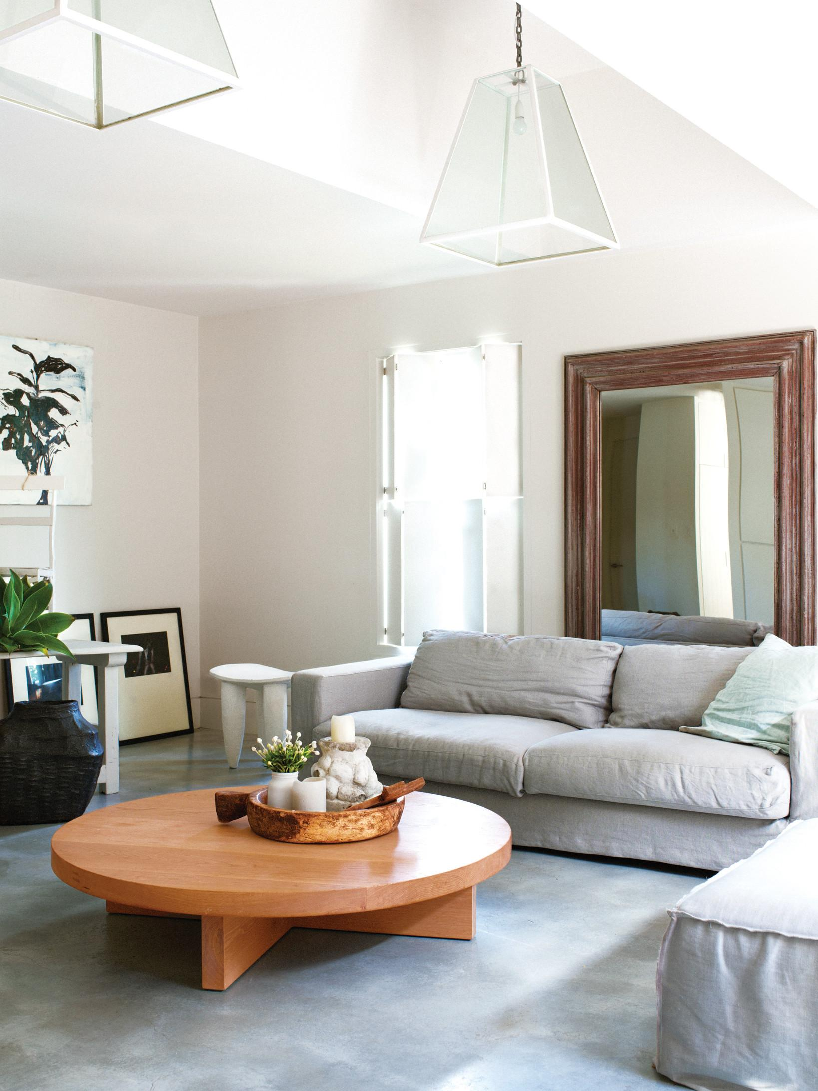 Four Tips Make Small Room Look Bigger