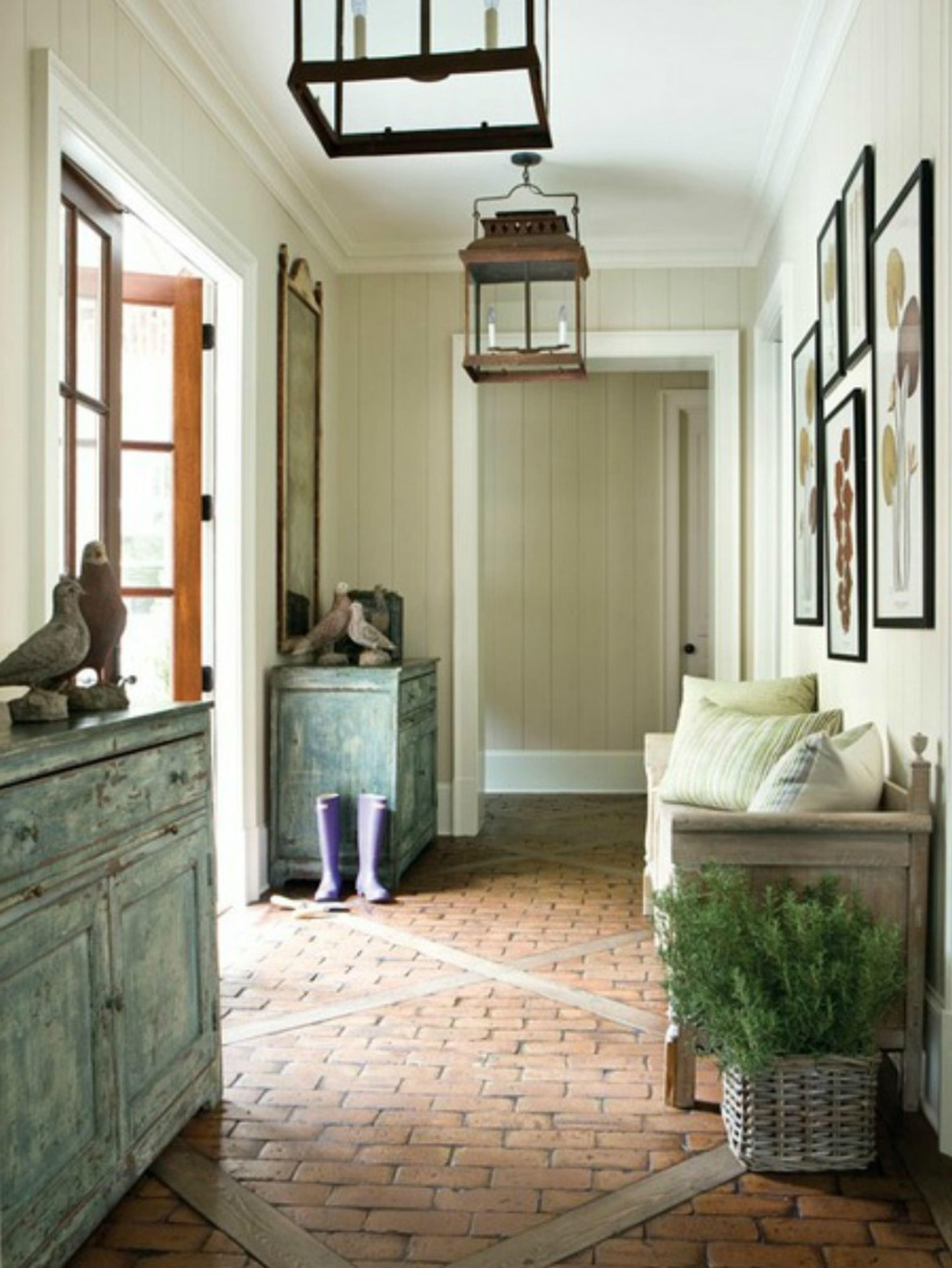 Foyer Decorating Personalize Modern