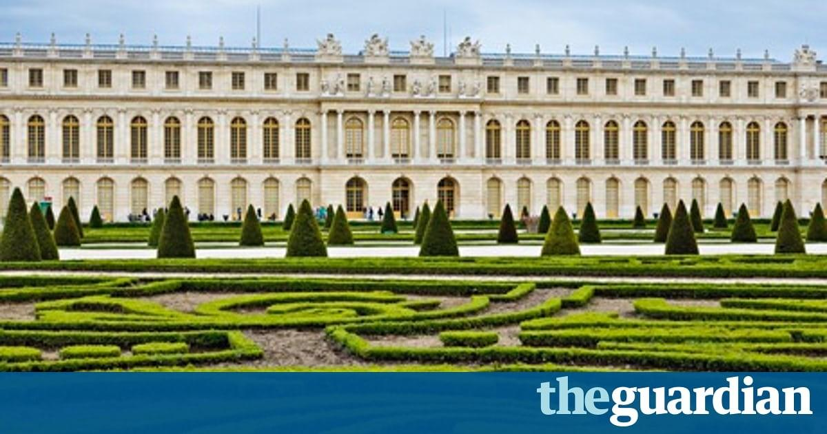 France Aristocratic Gardens Weave Pathway Present