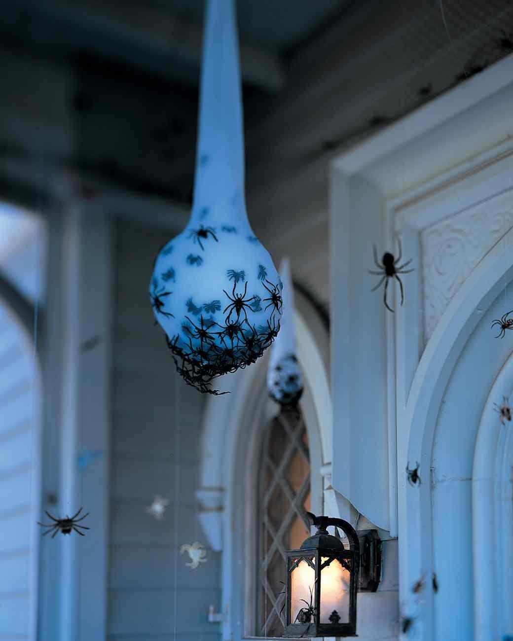Fun Diy Halloween Decorations Your Front Porch Redfin