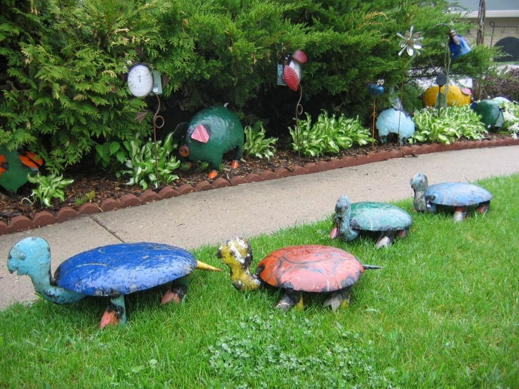 Garden Decor Small Contemporary Ideas