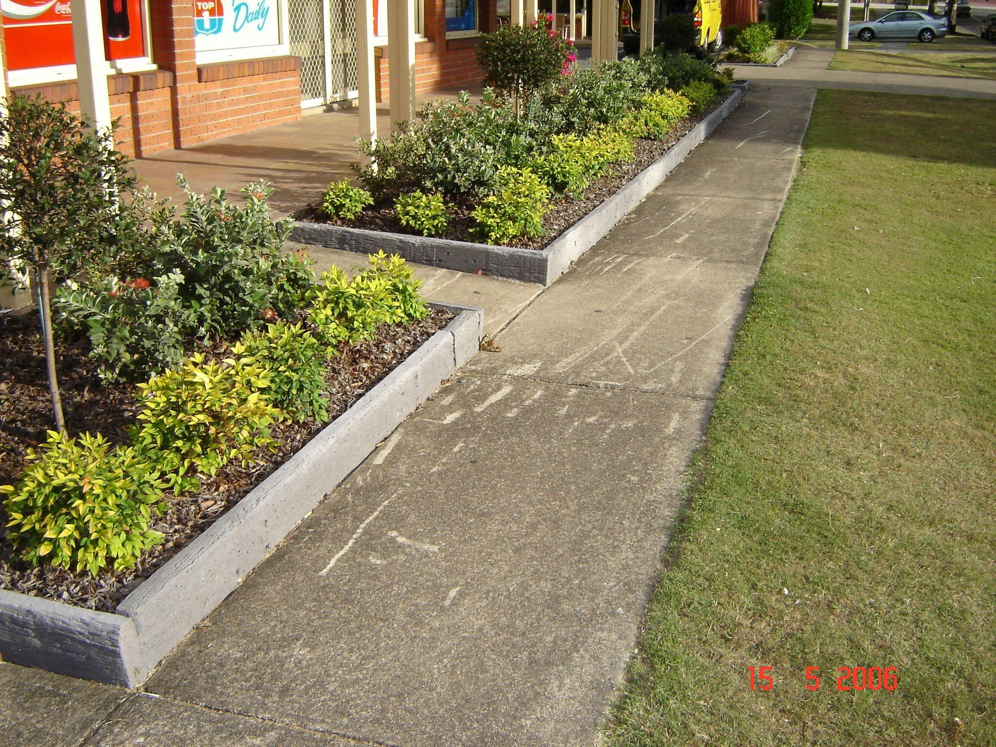 Garden Edging Ideas Wood Post