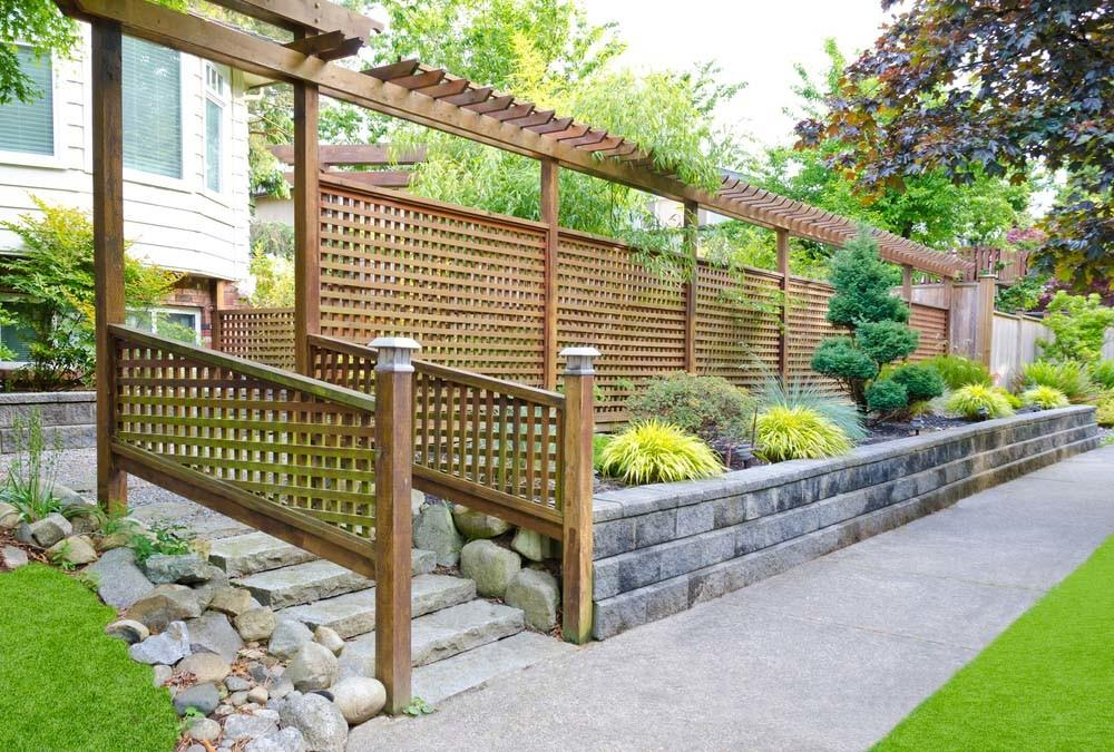Garden Fences Varied Styles Materials