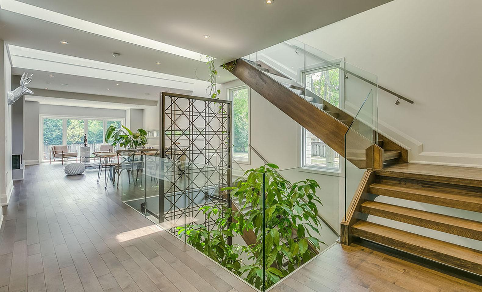 Garden Void Home Toronto Boasts Beautiful Multi Level