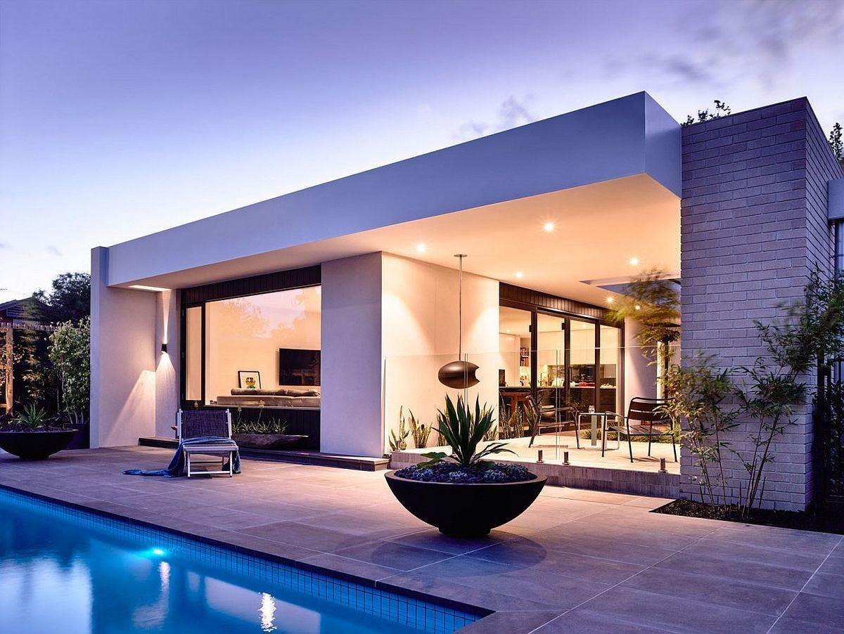 Generous Aussie Home Makes Outdoor Living Its Priority