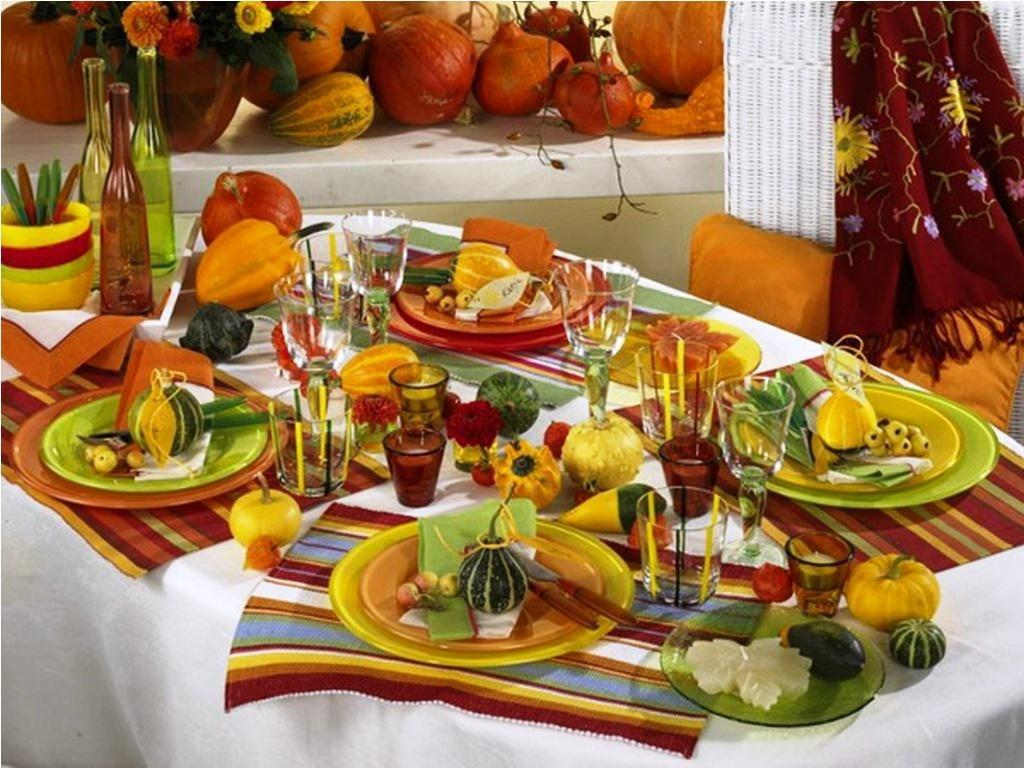 Genial Pumpkins Decorate Your Thanksgiving Table