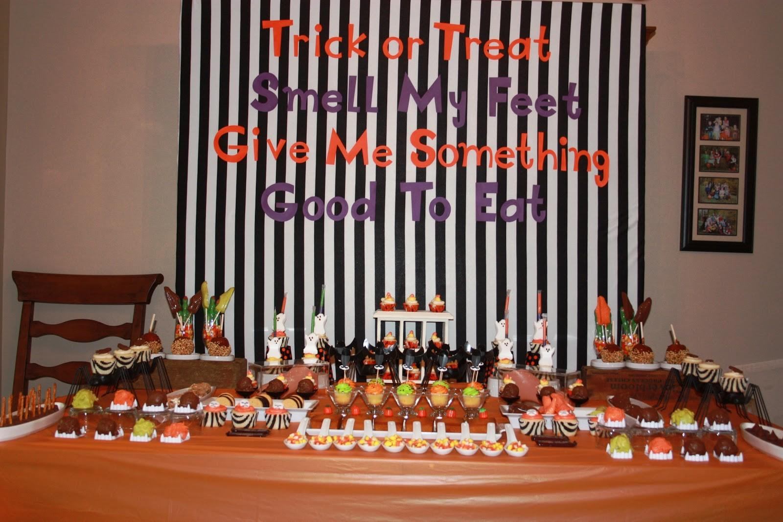 Gets Bored Easily Halloween Party Dessert Table