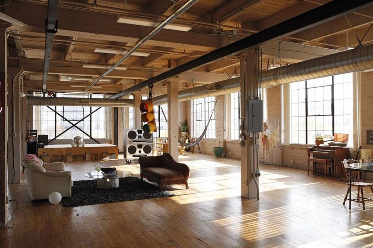 Giant 6th Street Loft Drops Price 850k Curbed Detroit