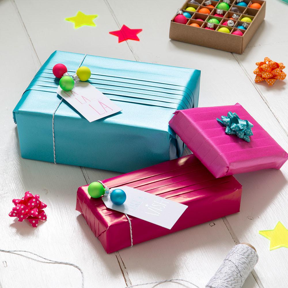 Gift Wrapping Ideas Christmas Presents Style