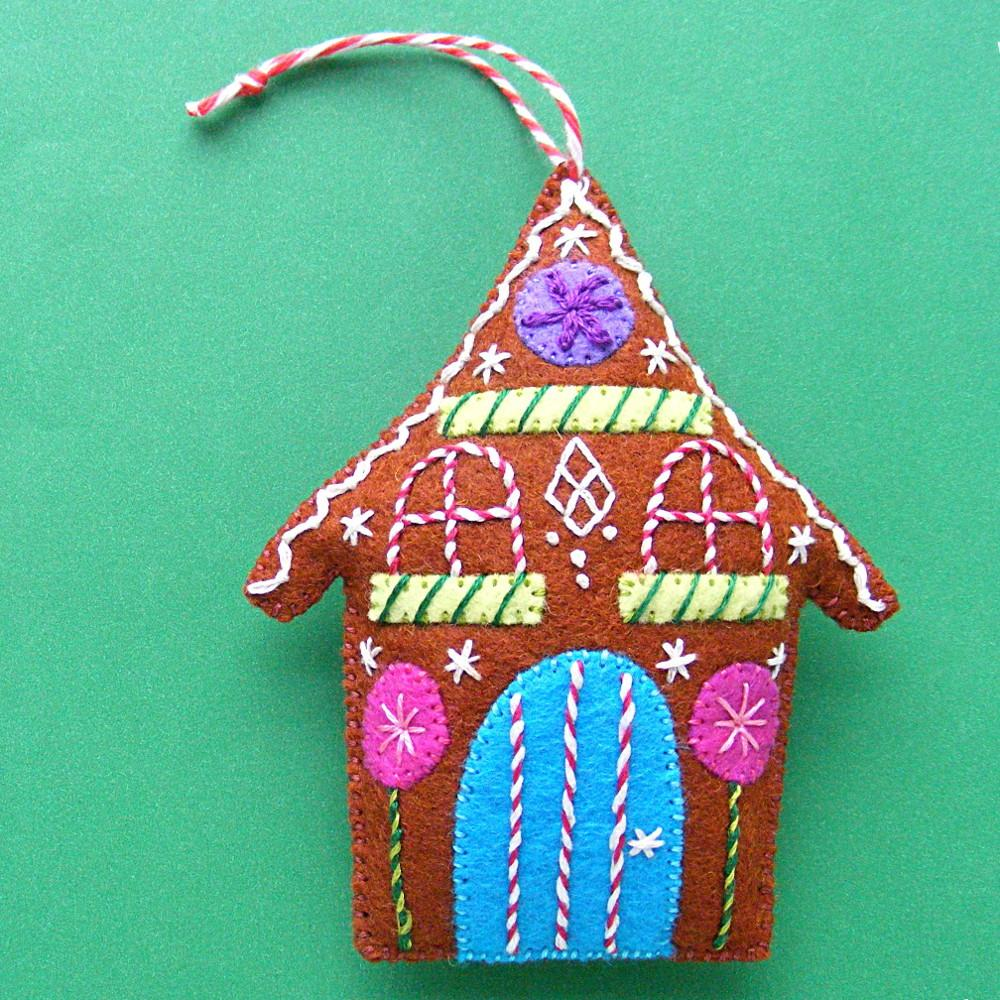 Gingerbread Felt Christmas Ornament Pattern