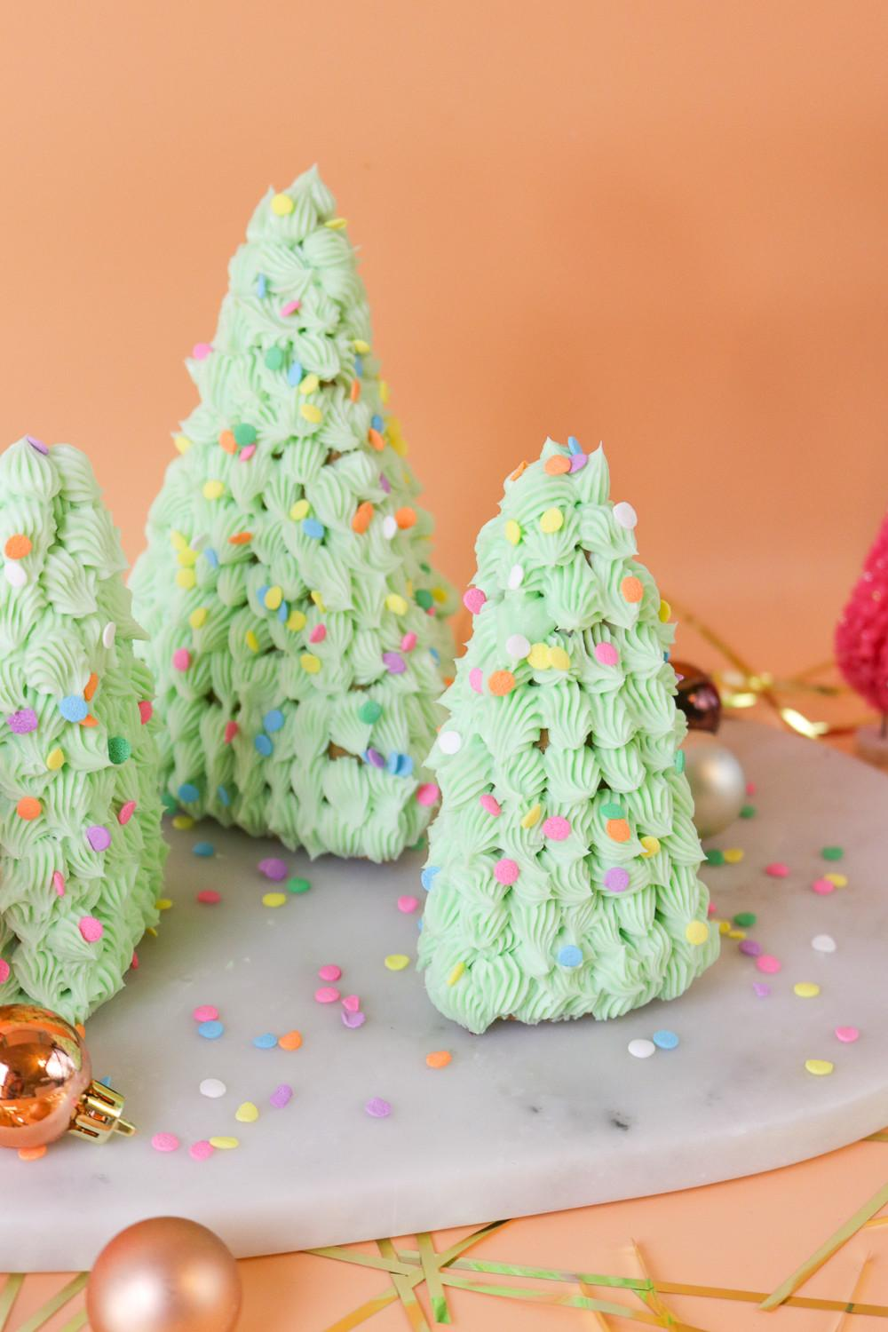 Gingerbread Trees Club Crafted