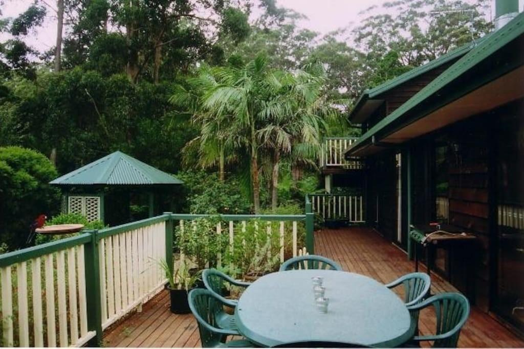 Gold Coast Rainforest Holiday Home Houses Rent