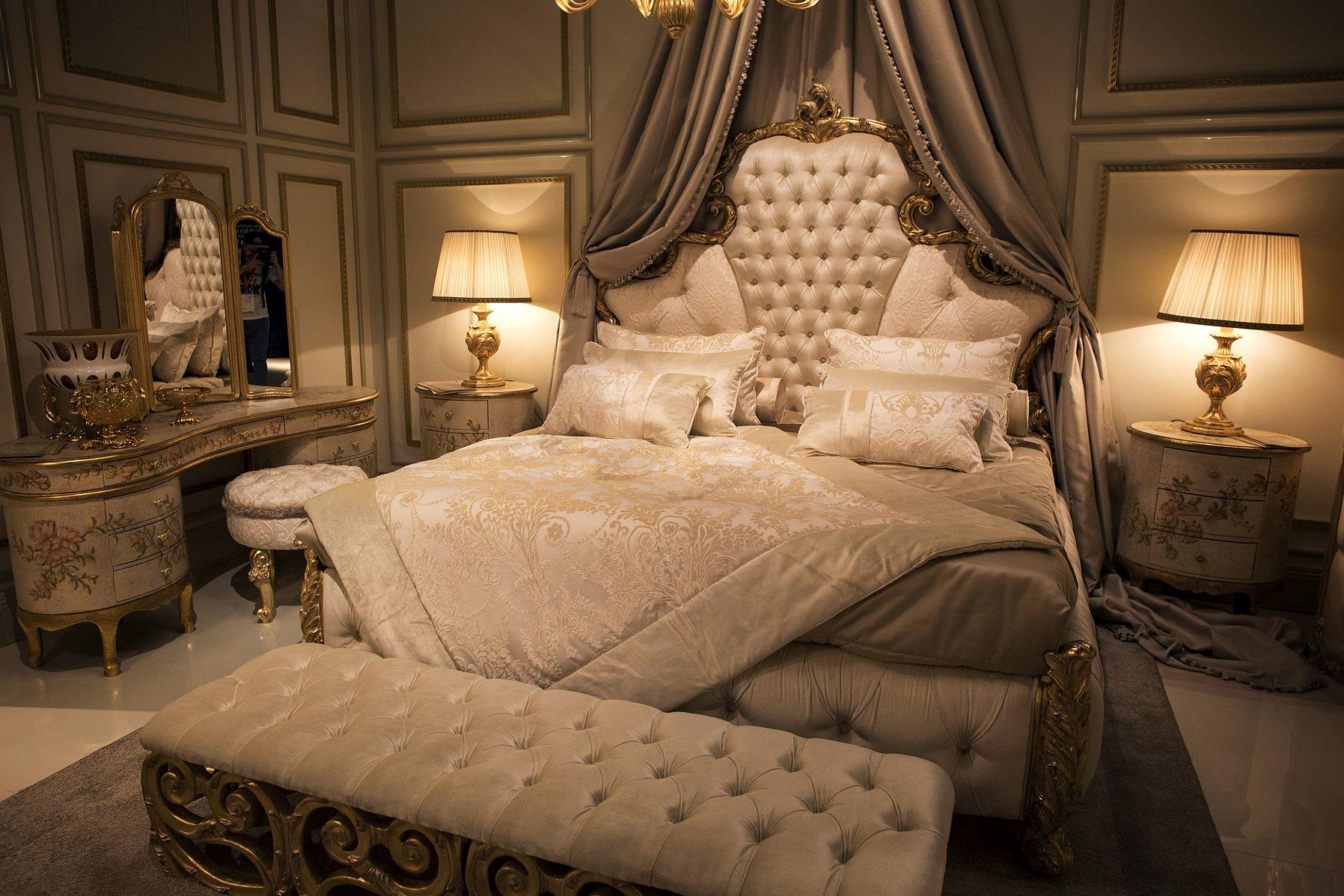 Gold Glitter Endless Luxury Opulent Bedrooms