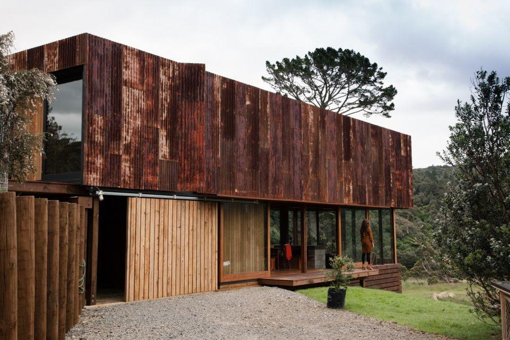 Gorgeous Corten Facades Gracefully Withstand Test