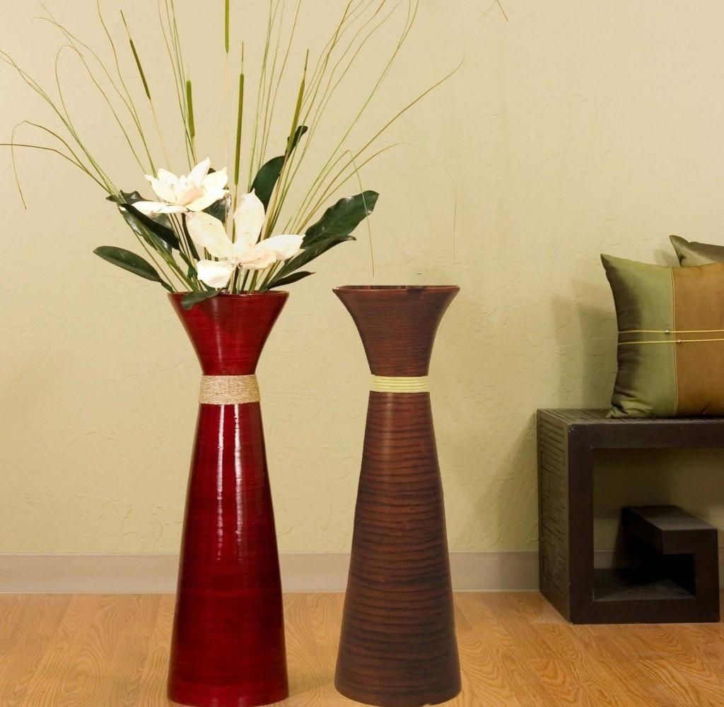 Graceful Flower Vase Round Table Including Lighting