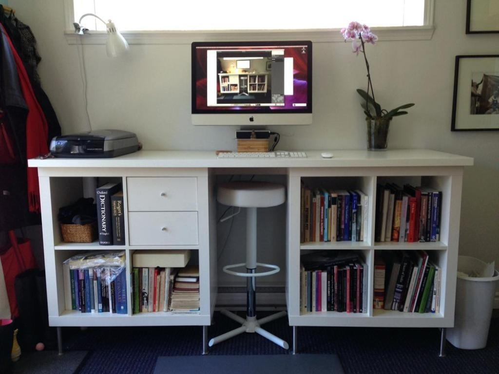 Graceful Standing Desk
