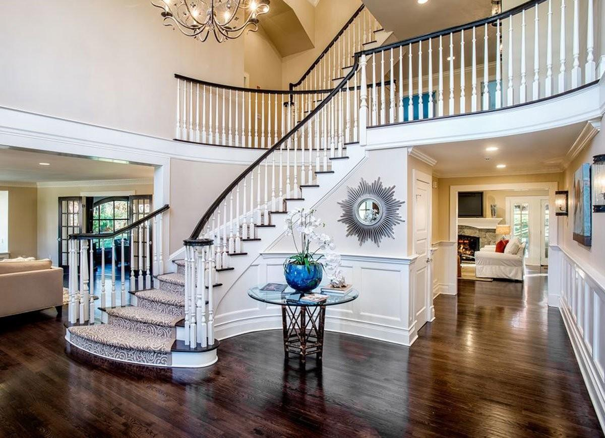 Grand Entryway Staircase Front Ideas