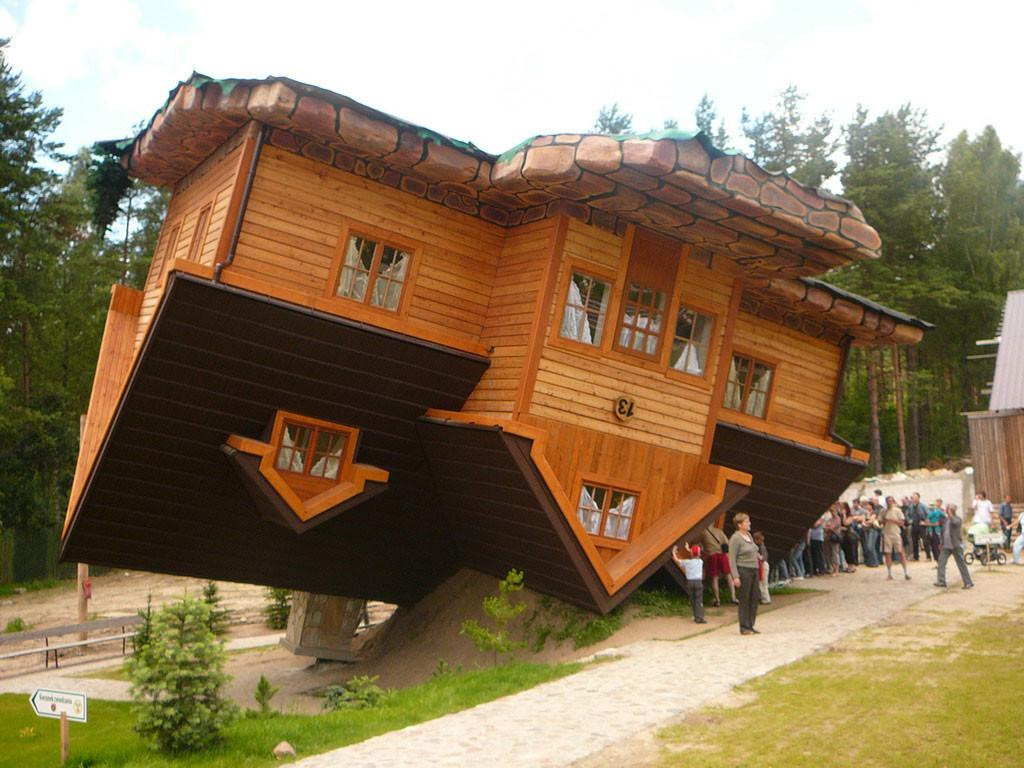 Gravity Unusual Houses Center