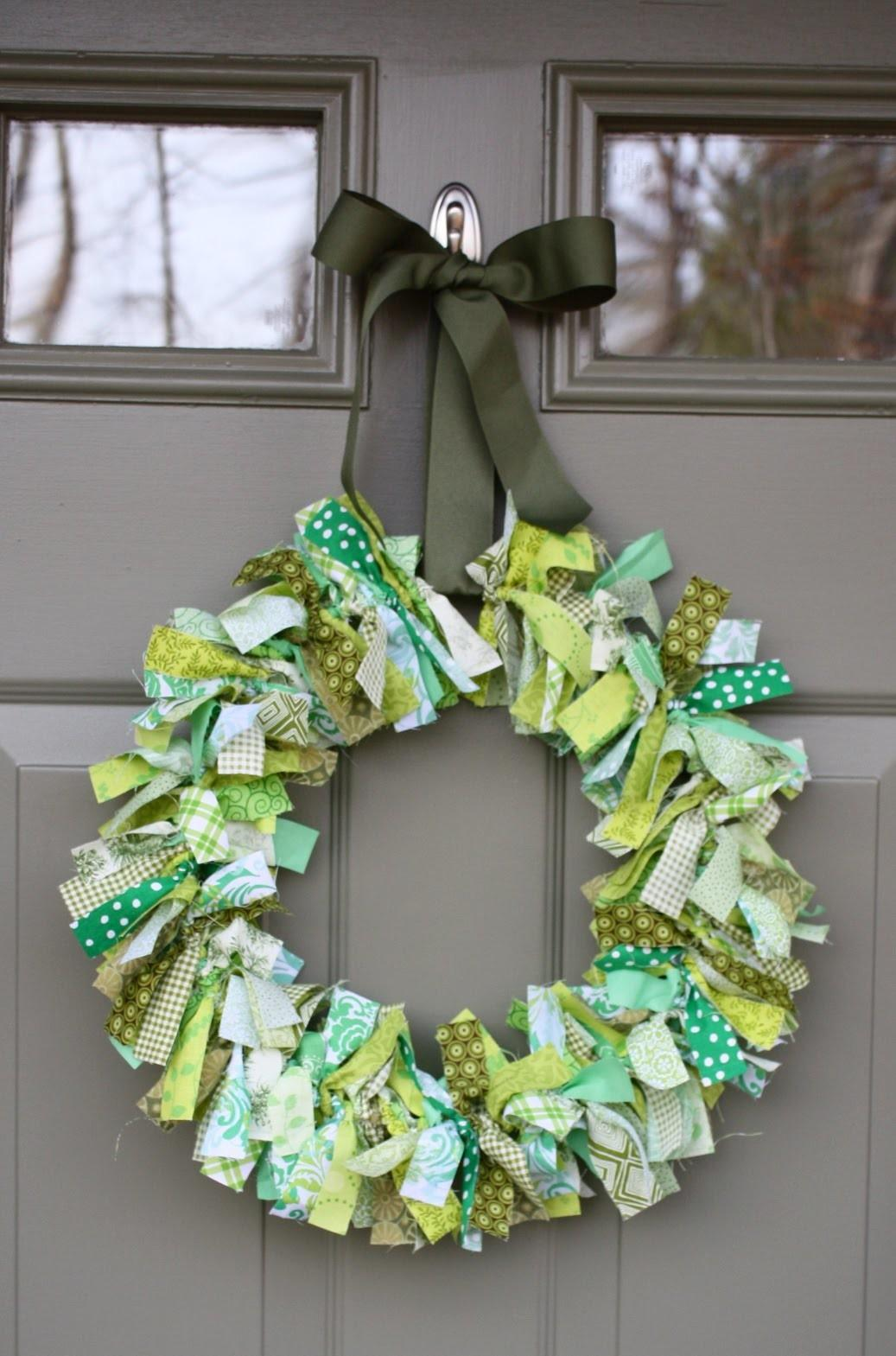 Great Ideas Green Patrick Day Pallet