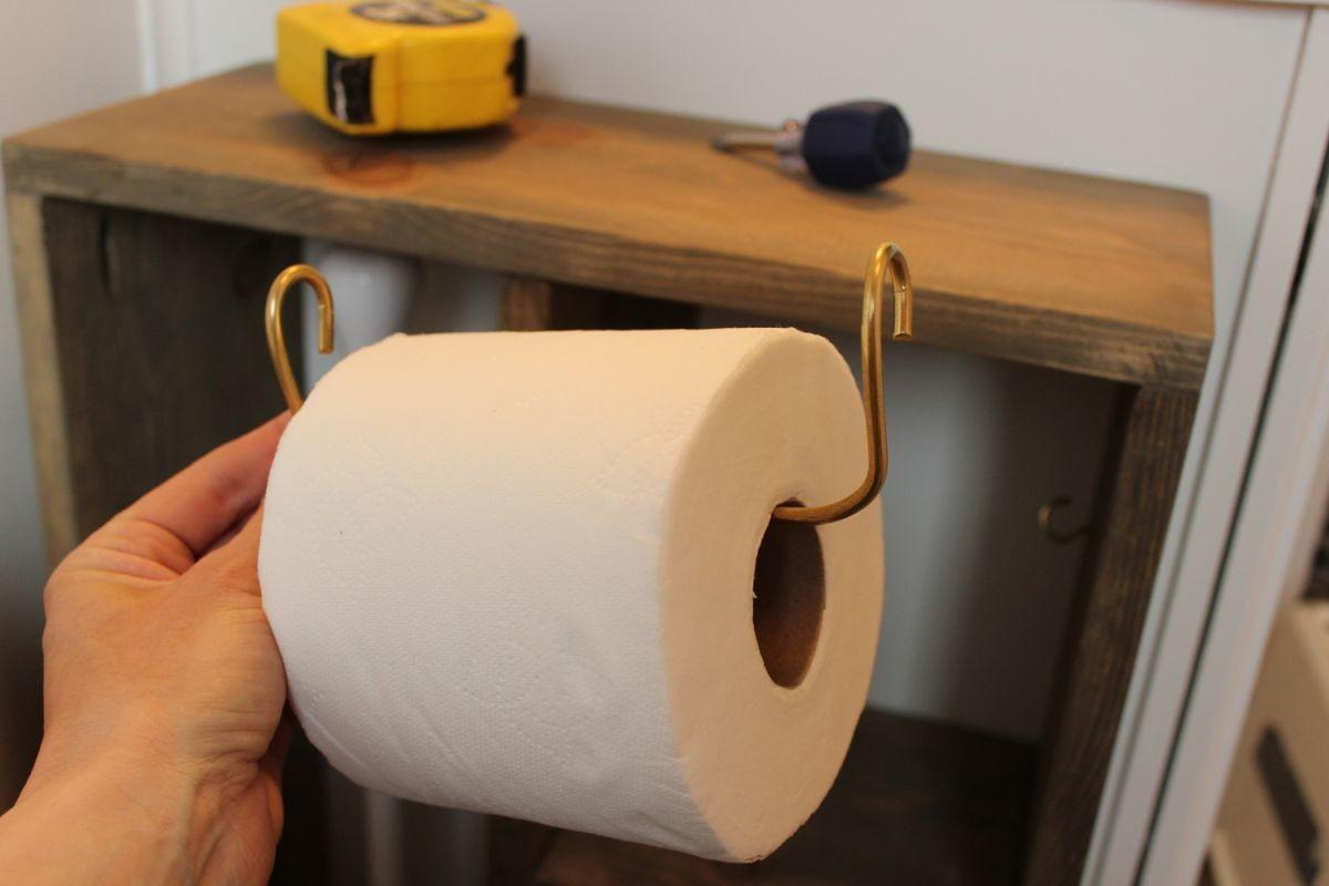 Great Toilet Paper Roll Holder Ideas Floral Design